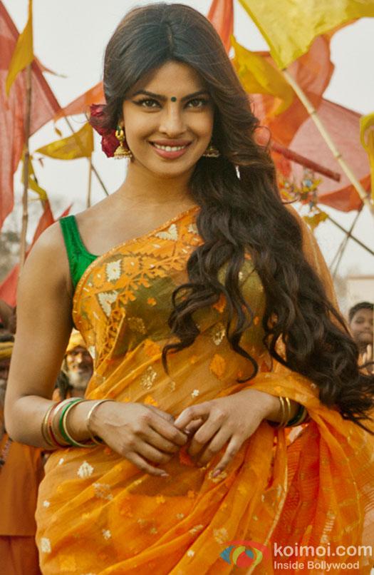 Priyanka-Chopra-looks-...